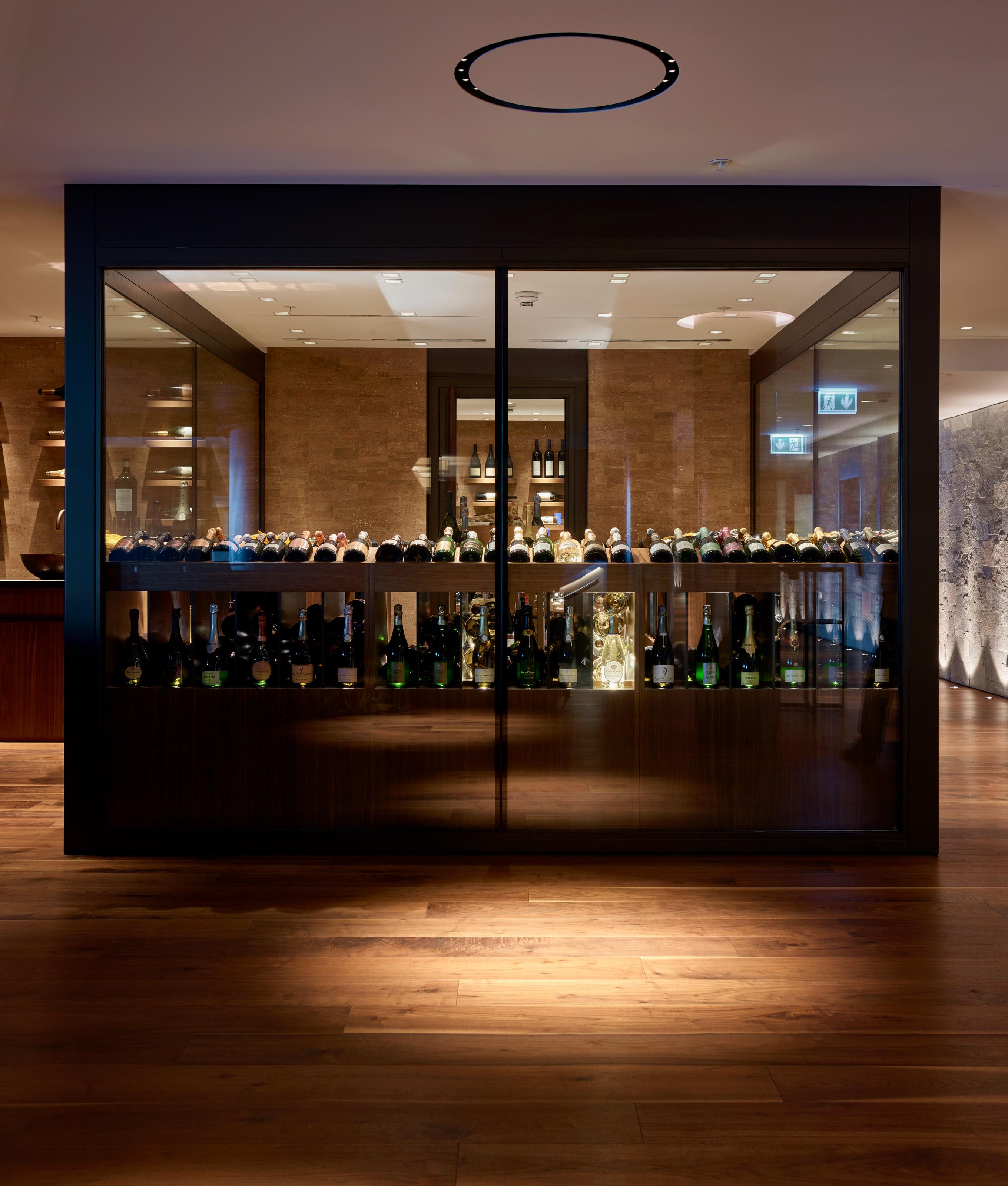 Inszenierung des Weinkellers, Lichtkonzept