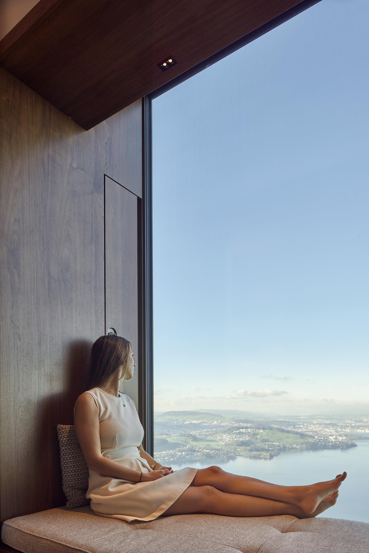 Leselicht und Aussicht vom Hotelzimmer